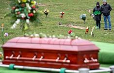 Mắc COVID-19 vẫn đi đám tang, lây bệnh cho hơn 40 người