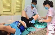 Chơi ở sân thượng, bé trai bị điện giật bỏng nặng
