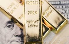 Giá vàng thế giới giảm mạnh chưa từng có trong 7 năm