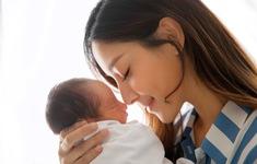 Hoa hậu Hong Kong 2013 hài lòng khi sinh 2 con cho chồng lớn tuổi