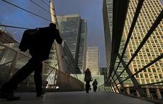 Kinh tế Anh rơi vào suy thoái