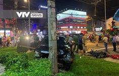 Nữ tài xế lái Camry tông hàng loạt xe máy dừng đèn đỏ tại TP.HCM, nhiều người bị thương