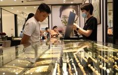 Sức mua tăng cao dù giá vàng tăng liên tiếp