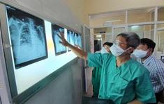 Trung tâm Y tế huyện Hòa Vang, Bệnh viện Phổi Đà Nẵng căng mình điều trị bệnh nhân COVID-19