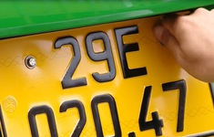 Hơn 2.000 ô tô kinh doanh vận tải được cấp, đổi biển số vàng