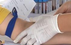 Yêu cầu khám sức khỏe cho hơn 1.000 công nhân sau vụ ngộ độc thiếc