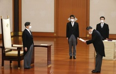 Tân Thủ tướng Yoshihide Suga tuyên thệ nhậm chức