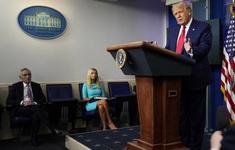 Tổng thống Mỹ xác nhận một nhân viên Nhà Trắng mắc COViD-19