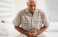 Phân biệt nguyên nhân gây đau bụng ở người cao tuổi