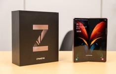 """Có giá chát chúa 50 triệu đồng, Galaxy Z Fold2 vẫn """"cháy hàng"""" tại Việt Nam"""