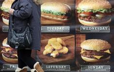Anh sẽ khống chế khẩu phần thức ăn tại nhà hàng để chống béo phì?