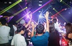 Hà Nội kiểm tra công tác phòng dịch COVID-19 tại các quán bar, karaoke