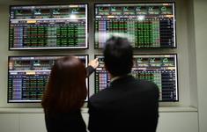 Chứng khoán năm 2021: Cẩn trọng trước biến động lãi suất