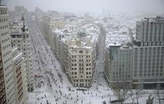 Tây Ban Nha ban bố tình trạng thảm họa tại thủ đô Madrid do bão tuyết