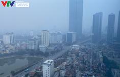 Sương mù bao phủ Hà Nội, không khí ô nhiễm