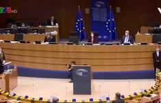 EU xem xét chia sẻ vắc xin cho các nước nghèo