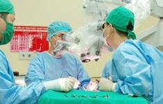 Cô gái trẻ phát hiện u não khổng lồ sau gần 1 tháng bị đau đầu