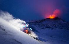 Kamchatka - vùng đất đầy mê hoặc với núi lửa phủ băng tuyết