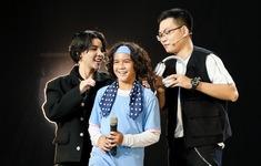 Con trai Huỳnh Kesley khiến HLV Giọng hát Việt nhí đại chiến