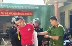 Bắt đối tượng nghiện ma túy, cướp xe taxi