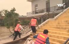 Nước vẫn ngập 1m, Quảng Bình khẩn trương khắc phục hậu quả mưa lũ