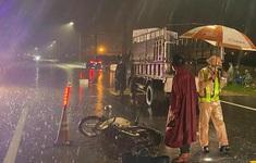 Tai nạn giao thông trong đêm khiến cặp vợ chồng cao tuổi tử vong
