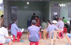 Bến Tre khẩn trương tiêm vaccine cho lao động để quay trở lại thành phố