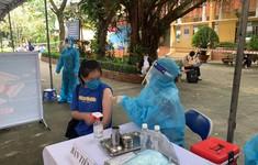 Những mũi tiêm vaccine COVID-19 đầu tiên cho trẻ em dưới 18 tuổi ở TP Hồ Chí Minh