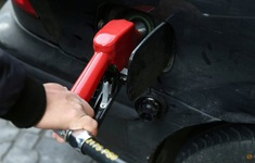 Tấn công mạng gây gián đoạn hoạt động bán xăng khắp Iran