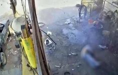 Lốp ô tô phát nổ, chủ gara tử vong tại chỗ