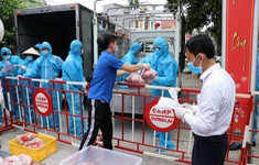 Cấp phát gần 1,5 tấn thịt lợn cho người dân thôn Lôi Động, Hải Phòng