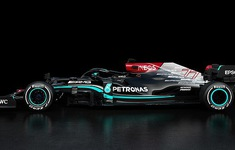 Mercedes ra mắt xe cho mùa giải 2021