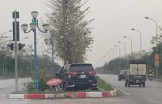 """Hà Nội: """"Xe điên"""" gây tai nạn liên hoàn, 1 thai phụ tử vong"""