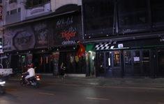 Quán bar, karaoke... ở TP Hồ Chí Minh im lìm đợi lệnh mở cửa