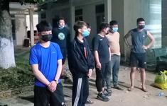 Bắt giữ 9 người Trung Quốc nhập cảnh trái phép và 1 tái xế Việt Nam