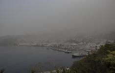 Núi lửa phun trào tại đảo quốc Saint Vincent gây mất điện, nước trên diện rộng