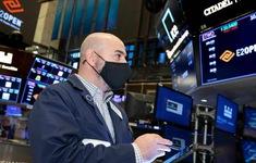 """Nhà đầu tư F0 ở Mỹ thừa nhận """"bong bóng"""" thị trường chứng khoán"""