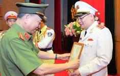 Thăng cấp bậc hàm Trung tướng đối với Người phát ngôn Bộ Công an Tô Ân Xô