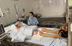 Bỏng nặng do ngã vào chậu lửa vì ngộ độc khí than, người phụ nữ nghèo cần giúp đỡ