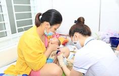 Nghệ An: Hàng trăm trẻ nhập viện do mắc hội chứng viêm màng não do virus