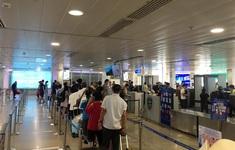 Sân bay Tân Sơn Nhất thoát cảnh ùn tắc