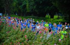 """Ecopark Marathon ấn tượng với """"cung đường chạy đẹp nhất Việt Nam"""""""