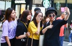 """Thế hệ Z Trung Quốc lún sâu vào sự """"giàu sang ảo"""" và những  món nợ ngập đầu"""