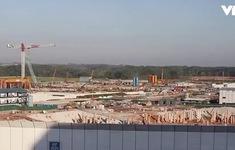 """COVID-19 """"giáng đòn"""" mạnh vào ngành xây dựng Singapore"""