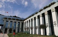 Khoảng 40 tòa nhà tại thủ đô Ba Lan phải sơ tán vì bị đe dọa đánh bom