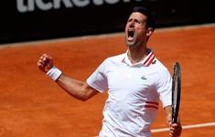 Ngược dòng ngoạn mục hạ Tsitsipas, Djokovic vào bán kết Italia mở rộng