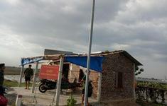 Lốc xoáy thổi bay chốt chống dịch trên biên giới Tây Ninh