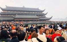 1 phụ nữ dương tính với COVID-19 làm việc ở chùa Tam Chúc (Hà Nam)