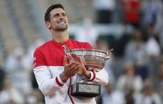 Ngược dòng ngoạn mục trước Tsitsipas, Djokovic vô địch Pháp mở rộng 2021