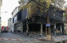 6 người thiệt mạng trong vụ cháy thiêu rụi phòng trà tại thành phố Vinh giữa đêm
